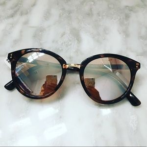 NWT 🏷 Tortoise Mirrored Sunglasses